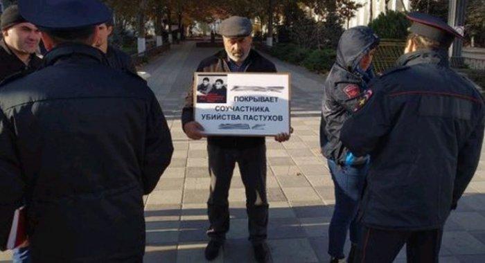 Муртазали Гасангусейнов прекратил пикеты после встречи с главой Следкома